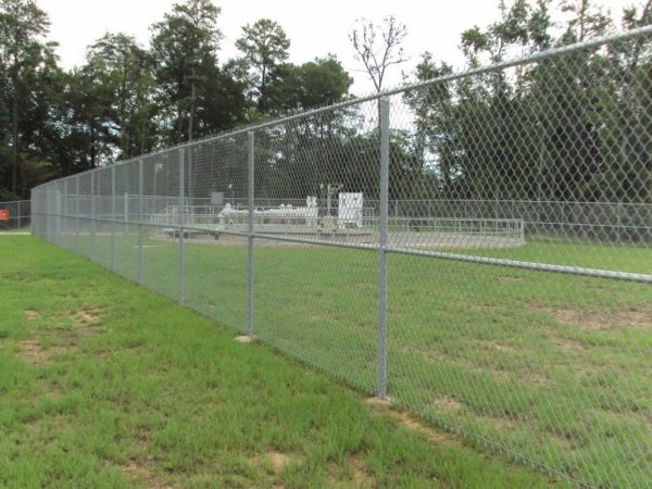 commercial chain link fencing canada