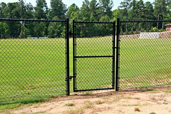 chain link fence gates canada